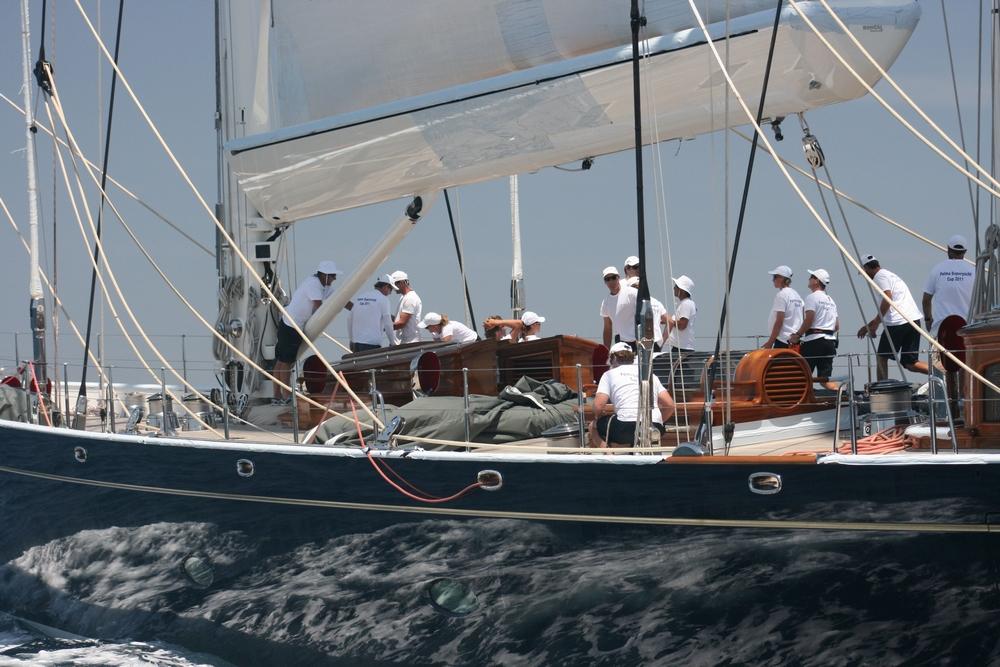Photo gallery yacht athos 203 39 hoek schooner for Athos palma jardin